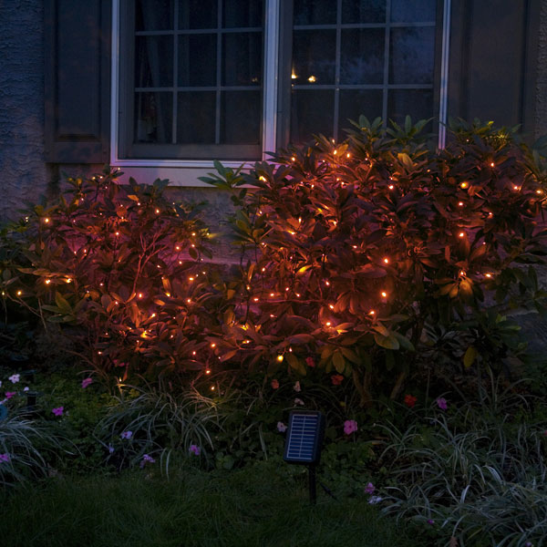 Solar Stringlights, 100 Red LEDs, 42 Feet Long with Green Wire, Multifunction with Memory and Photo-Sensor
