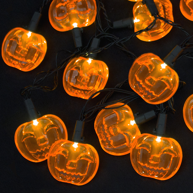15 LED Pumpkin Extendable String Light Set; 120V Indoor/ Outdoor Plug-in UL Listed
